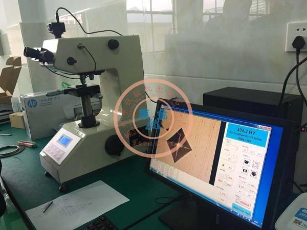 老客户推荐新客户选用我厂HVS-1000A型数显显微硬度计:现场安装照片(图像清晰质感、测试精度高)