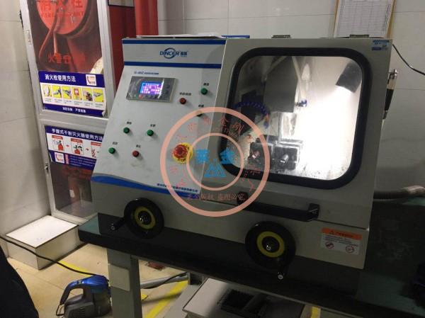 客户现场顺利安装Q-80Z金相制样设备
